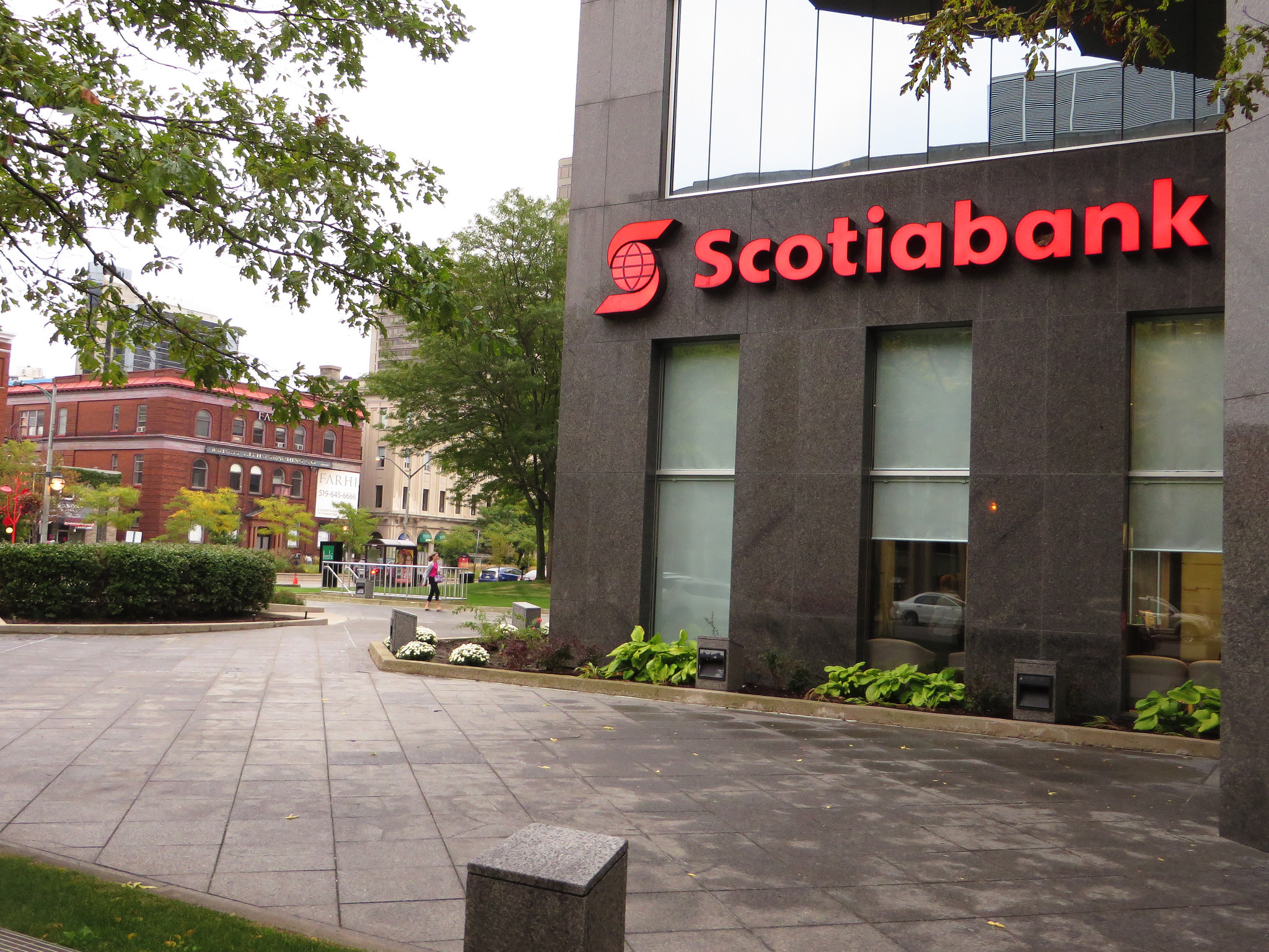 Investors eye Scotiabank stock with cautious optimism