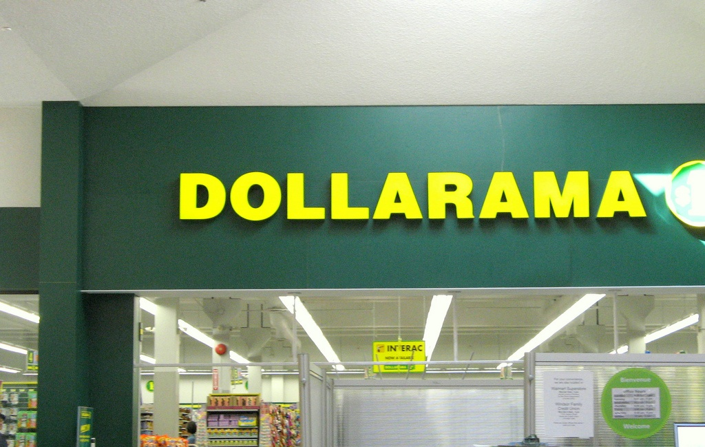 Dollarama adds e-commerce to its dollar store operation