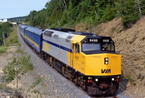 Siemens lands Via Rail project 1