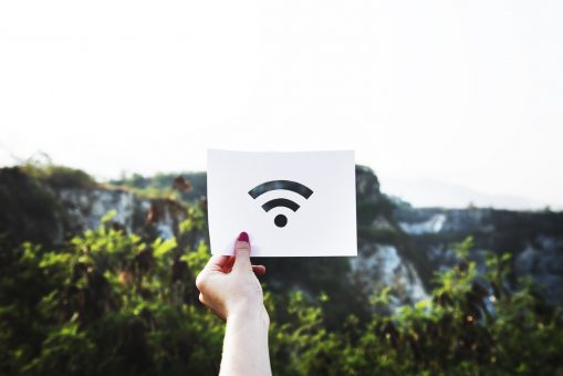 TELUS launches new program to bring cheap internet services to low-income families 1